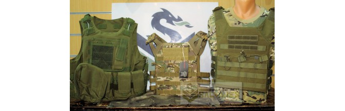 Chalecos tácticosy plate carriers